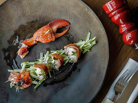 2月1日~3月31日までスカーレットワインバー&レストランでフルーティ・ディナーが開催!(プルマンバンコクホテル)